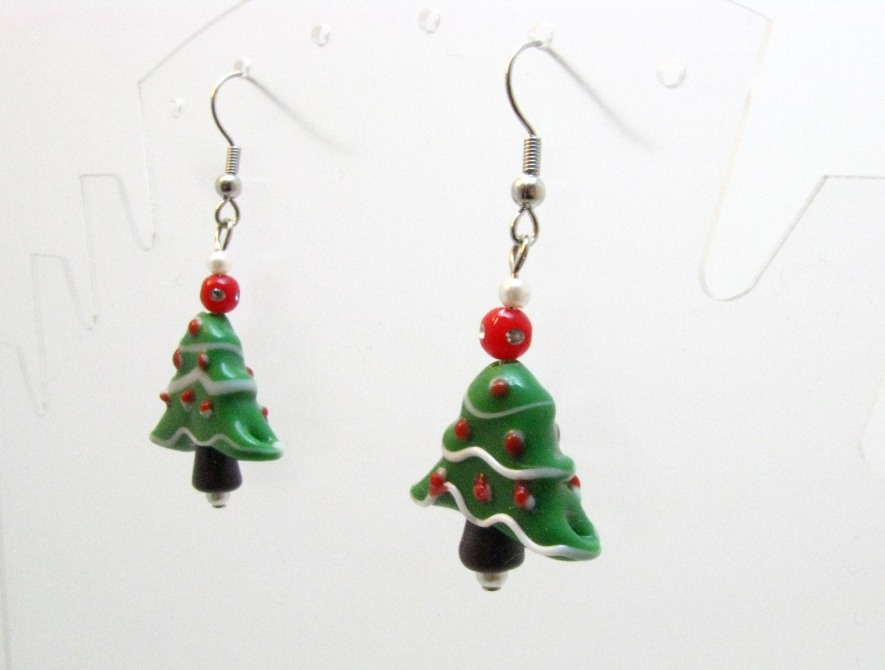 Christmas Tree Earrings by Sweetfire Creations by Lori Reed